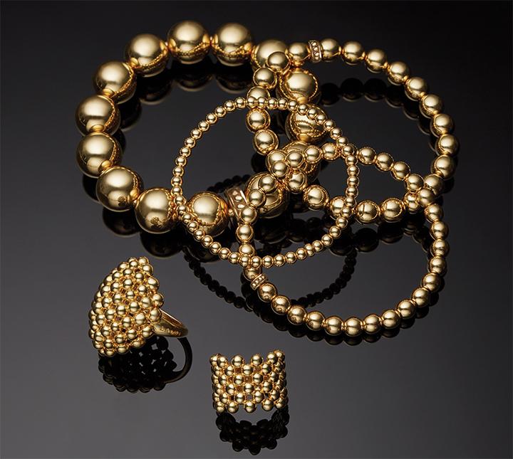 gift-guide-18kgold-bracelets-rings-caviar