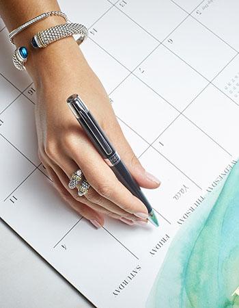 caviar spark blue topaz bracelet