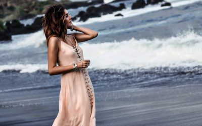Effortless Beach Style with Fashioned Chic